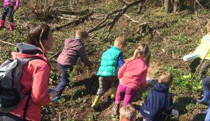 Otroci iz oddelka Kamencki, enote Studeno so raziskovali v bliznji okolici 19