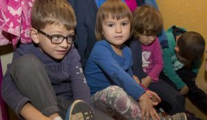 Zupan razdelil knjigo Zacarani gozd – v tednu otroka 19
