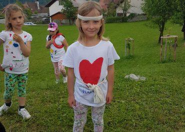 LETOVANJE: Dogodivščine otrok iz skupin OBLAČKI in ZEBRE - 1. dan